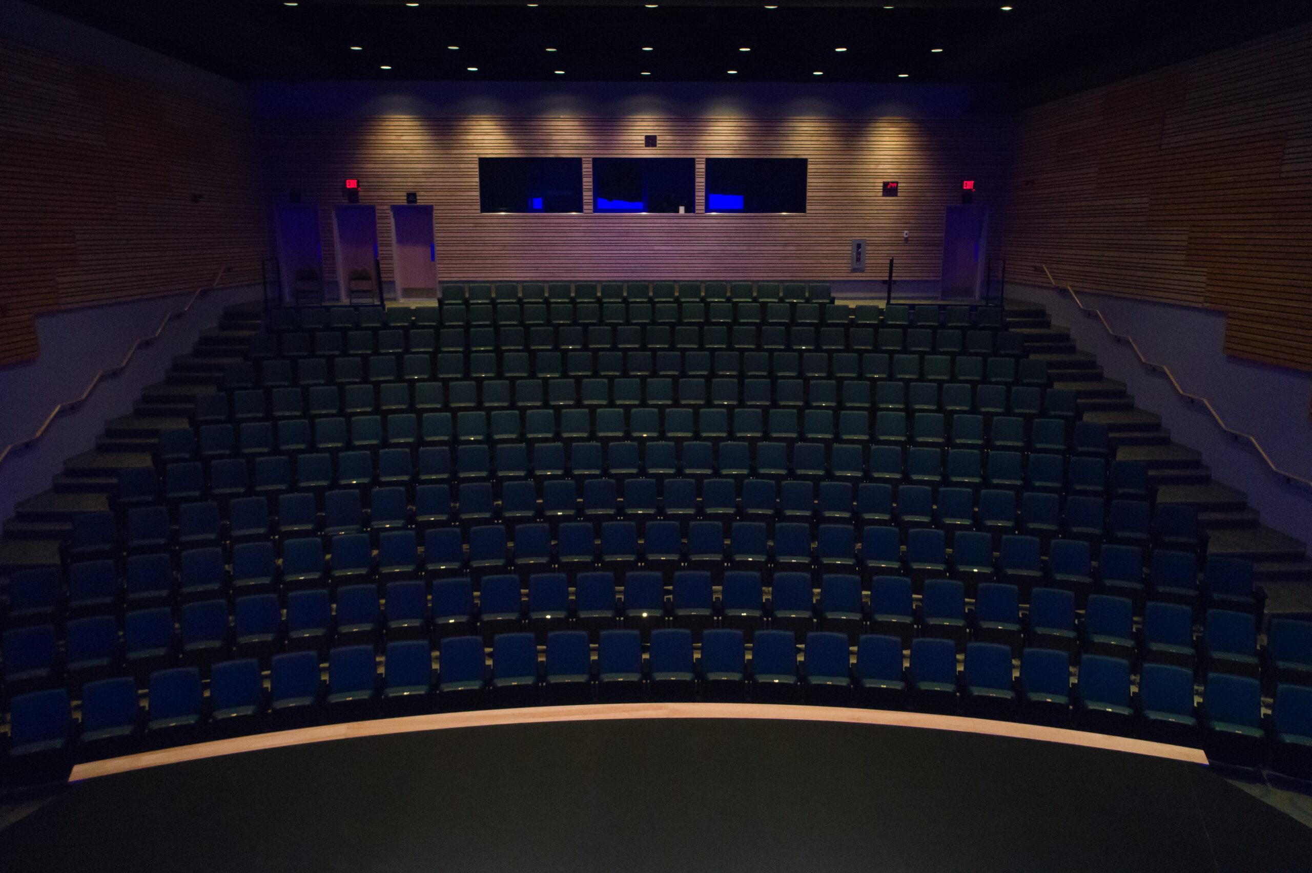 revelstoke-performing-arts-centre-1